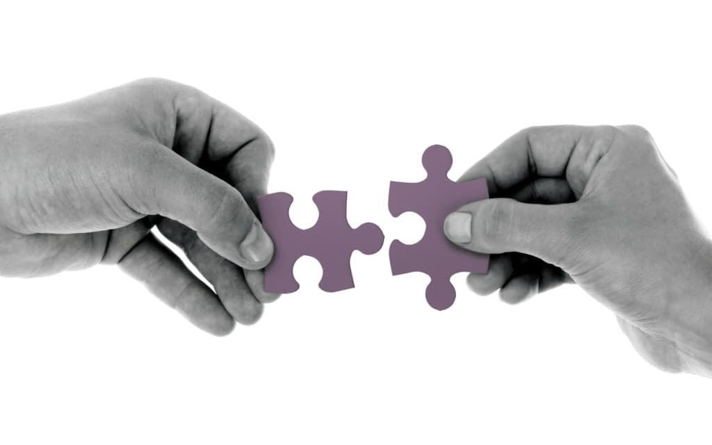 6 Reasons Why Camaraderie And Communication Go Hand-in-Hand In The Workplace